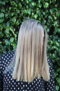 blonde hairstyle for straight hair